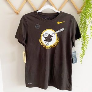 Men's Nike Athletic Fit San Diego Padres MD NWT
